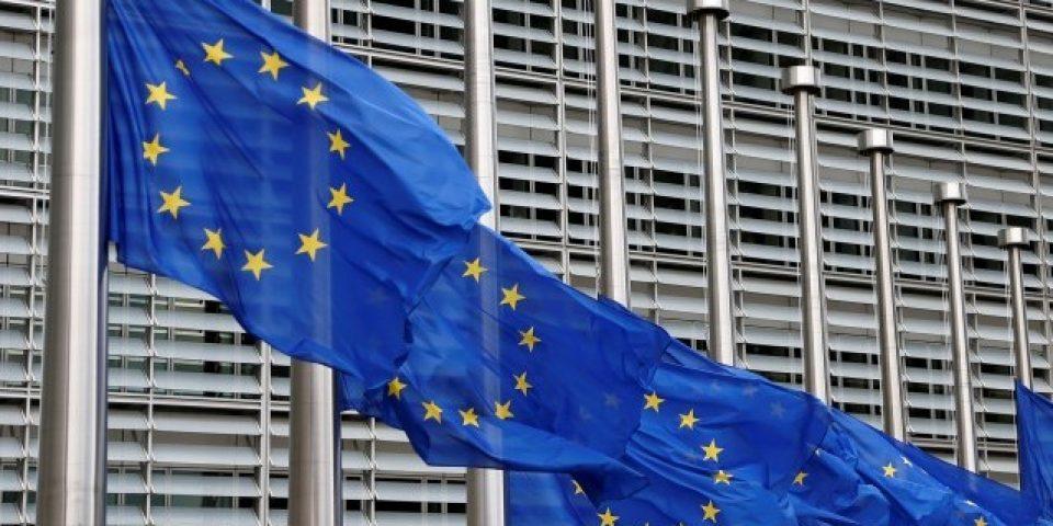 ЕК връща 435 млн. евро на европейските фермери от бюджета на ОСП