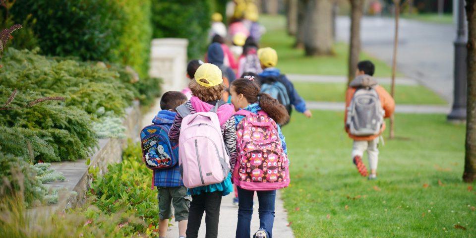 Над 1 млн. лв. получават общини за осигуряване на съвременна образователна среда