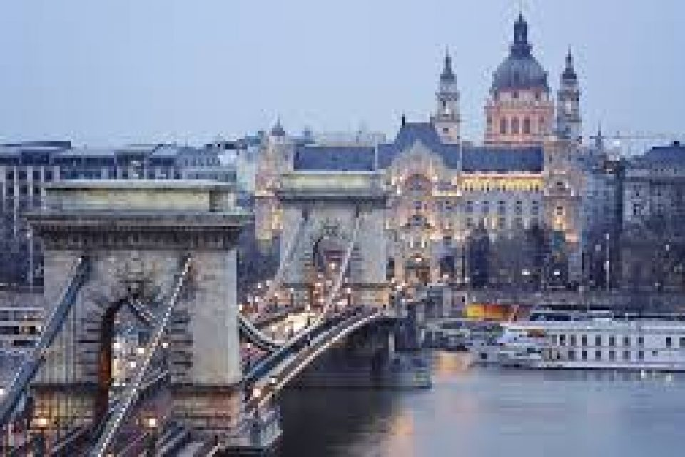 Кабинетът отпусна 300 хил. евро за ремонт на културния дом в Будапеща